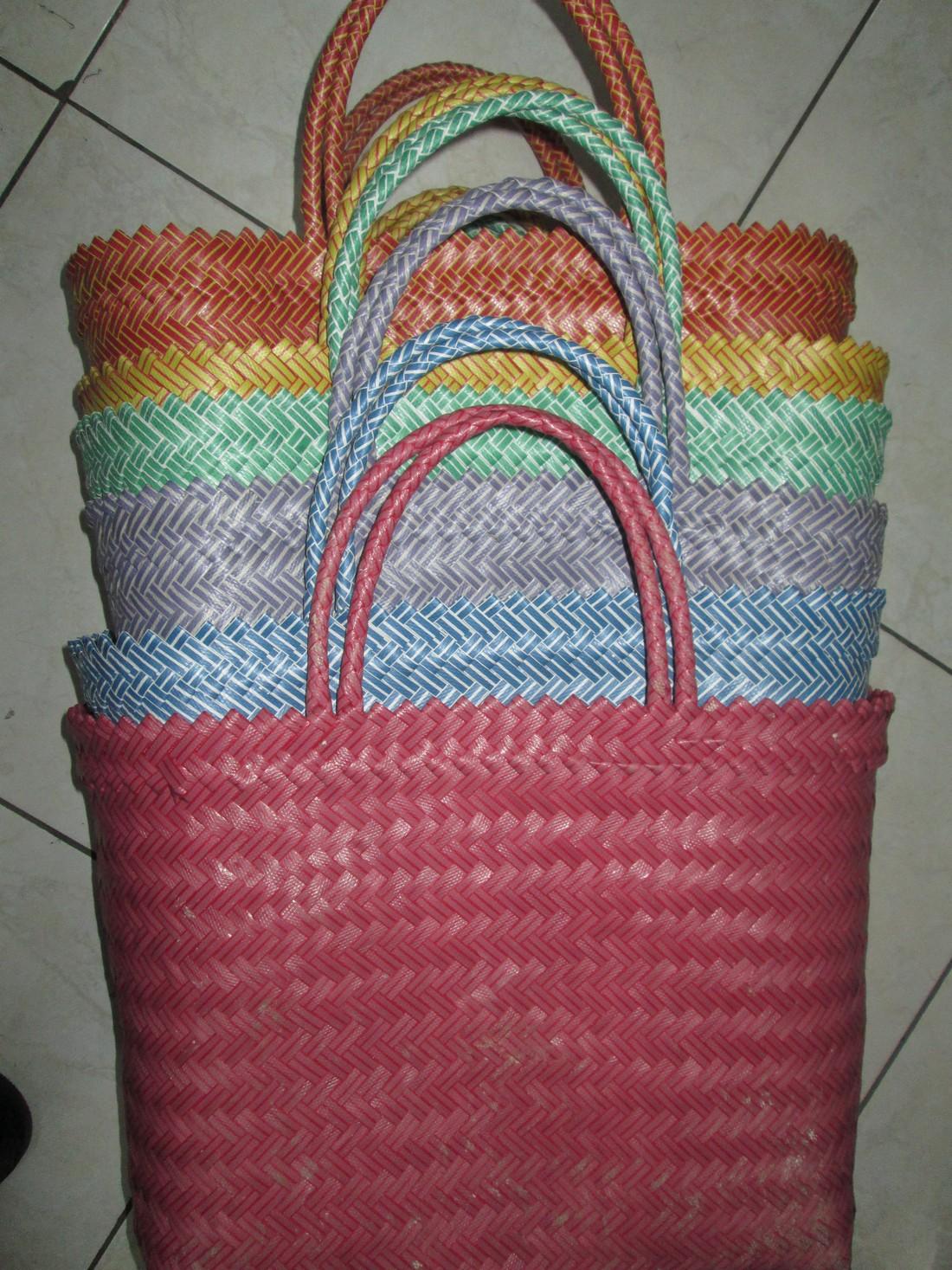 confezione di 6 pezzi, uno per ogni colore