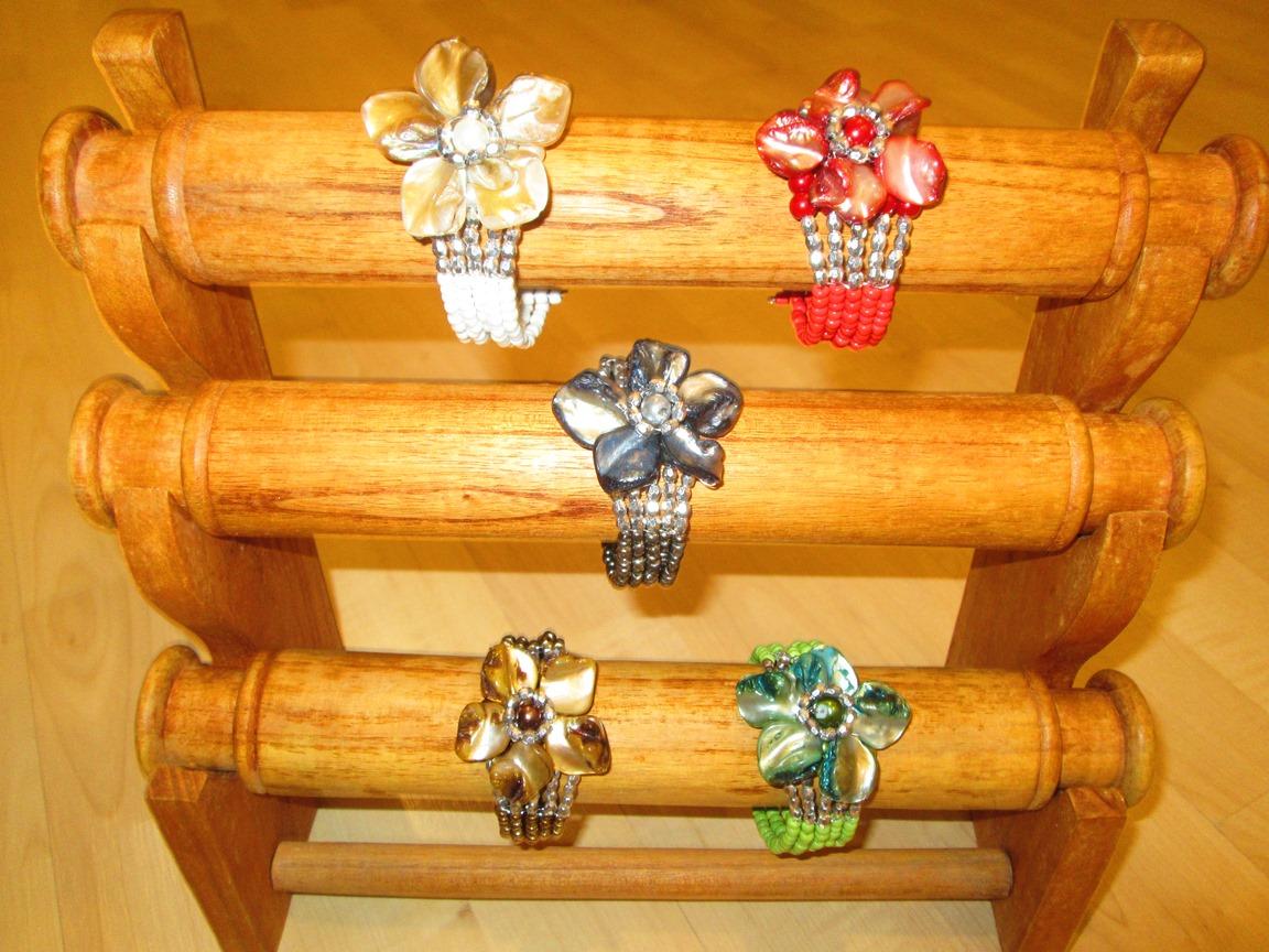 braccialetto fiori , confezione di 10 pz in 5 colori